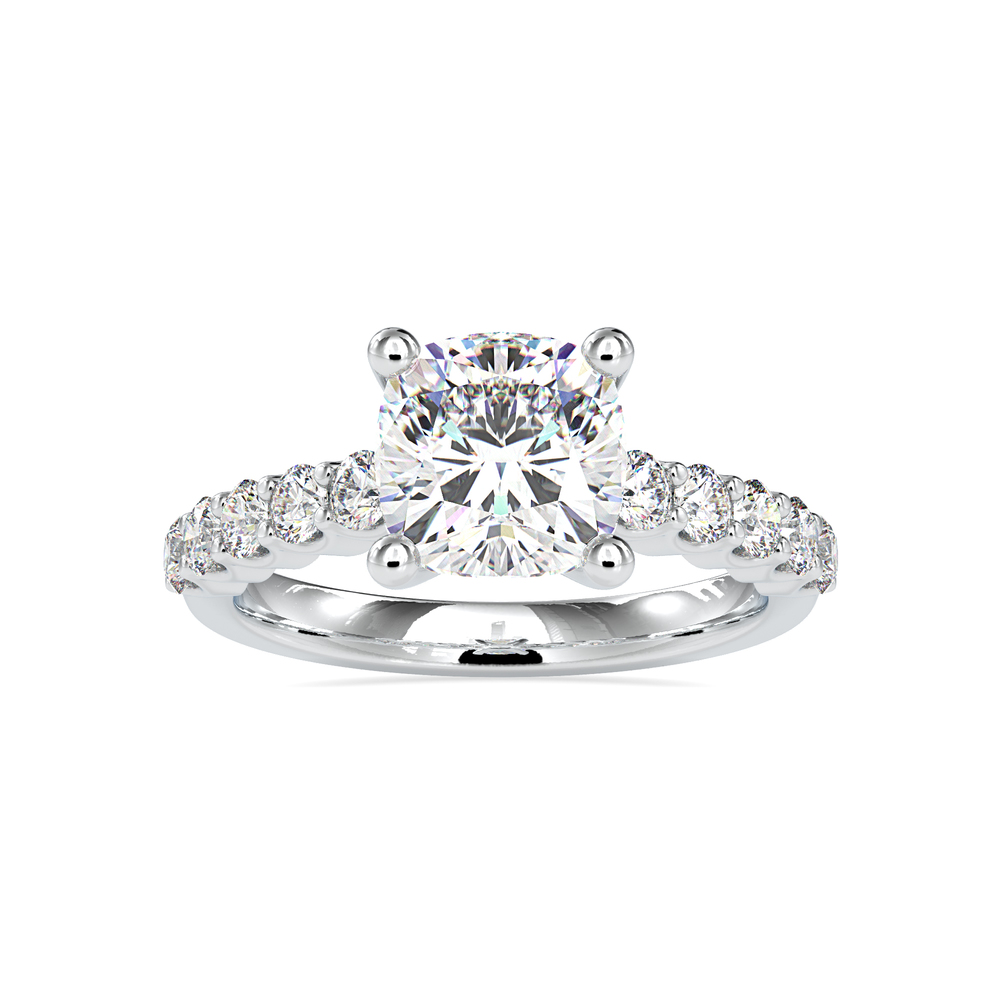 Classic Sloitaire Engagement Ring in 18K Gold